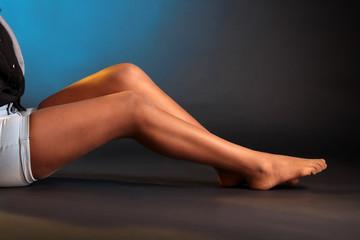 Beine in Strümpfen