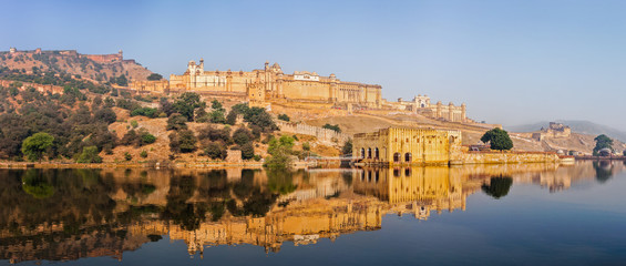 Fotomurales - Panorama of Amer (Amber) fort, Rajasthan, India
