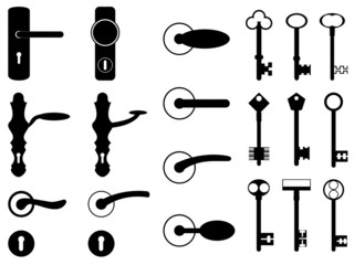 Door knobs and old keys set