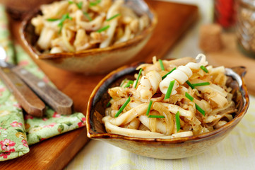 Fried Squid with Onions and Chives