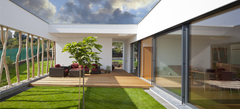 new modern home with privat garden and terrace