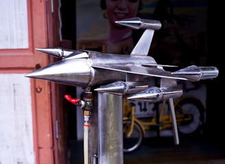 Pump model plane