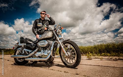Fototapete Biker on the road