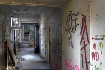 Wall Mural - Leichenhalle Krankenhaus