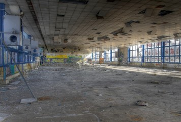Wall Mural - Verlassene Kafeteria