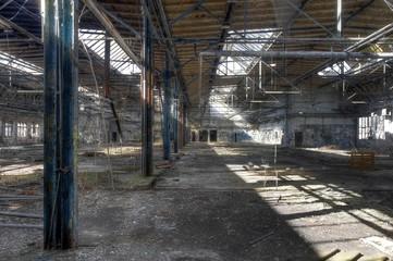 Wall Mural - Alte verlassene Halle