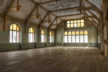 Wall Mural - Verlassene Halle in Beelitz