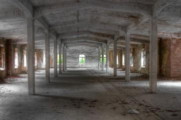 Wall Mural - Verlassene alte Lagerhalle