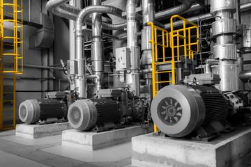 Spoed Foto op Canvas Industrial geb. pipes in a modern thermal power plant