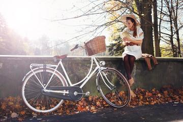 romantyczna jesienna dziewczyna