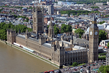 Famous and Beautiful view to Big Ben and the Houses of Parliamen