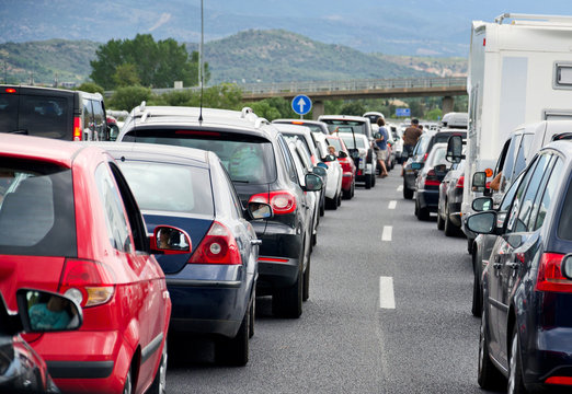 Autobahnstau Rückreiseverkehr Autos Stau