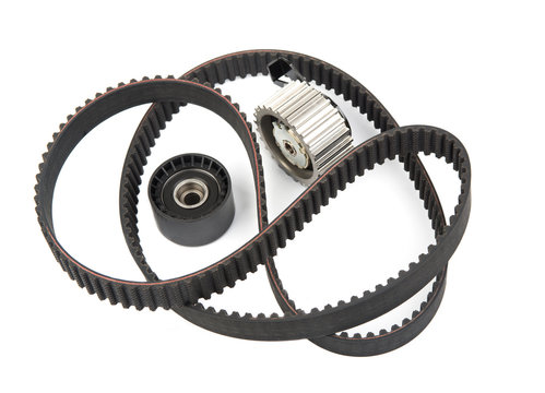 Timing belt with rollers isolated