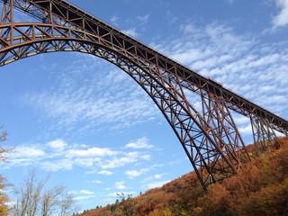 Stahl Eisenbahnbrücke