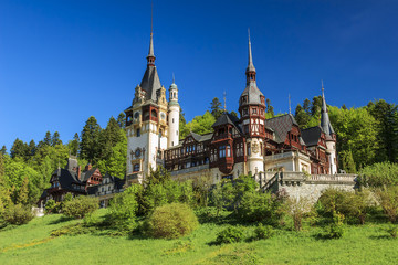 Photo sur Aluminium Chateau Famous royal Peles castle,Sinaia,Romania