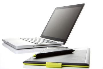 Laptop mit Grafiktablet