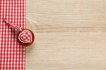 Printed roller blinds Wood Weihnachtskugel mit Herz