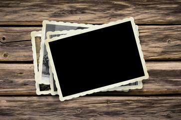 Stapel alter Bilder und Platz für ihr Foto