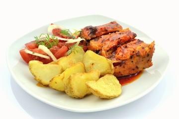żeberka i pieczone ziemniaki