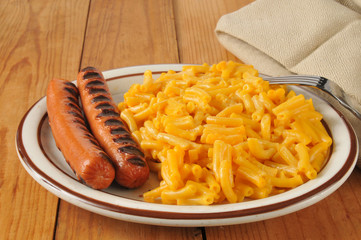 Macaroni with hot dogs