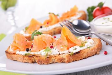 bruschetta, bread and salmon