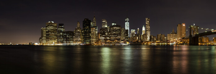 Custom blinds with your photo Skyline von New York bei Nacht als Panoramafoto