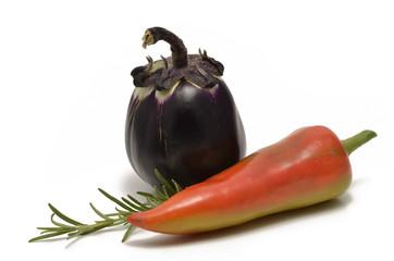 Aubergine und Spitzpaprika