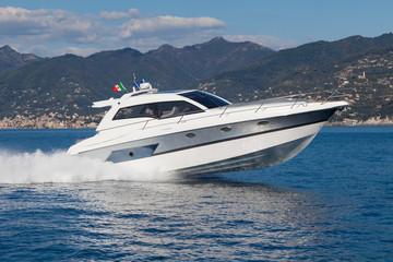 Motor boat, rio yacht, best italian yacht