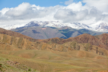 Fototapete - Badlands in mountains, Tien Shan