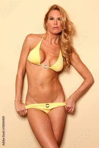 Sexy mature lingerie photos