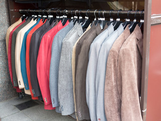店頭に並んだジャケット