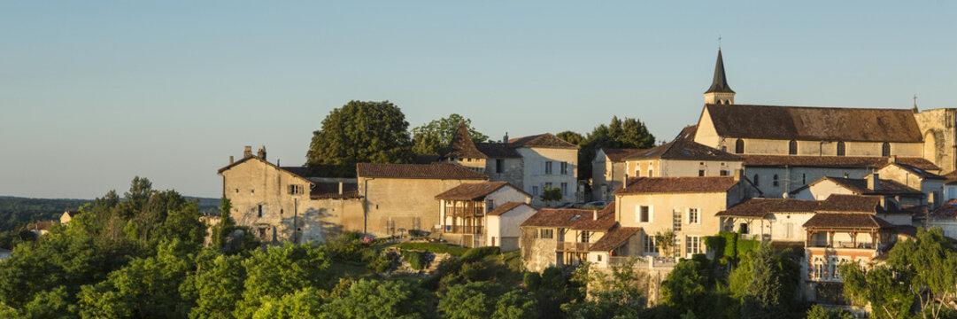 panorama Aubeterre sur Dronne