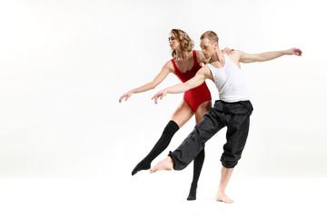 Fototapeta Namiętny taniec dwojga ludzi obraz
