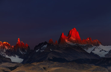Wall Mural - Mount Fitz Roy at sunrise, Patagonia, Argentina