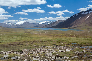 Fototapete - Mountain lake in Tien Shan