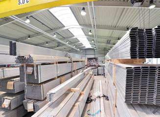 Eisenwaren im Stahlbau // industrial plant