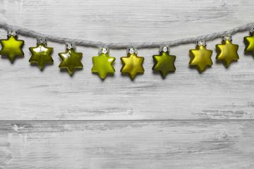 aufgehängte Sterne