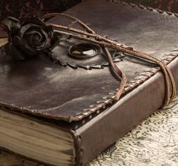 Geheimes altes Buch