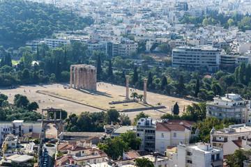 Atens. The Temple of Olympian Zeus