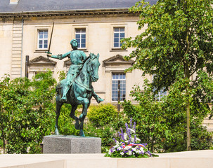 Satue of Jeanne d'Arc, Reims