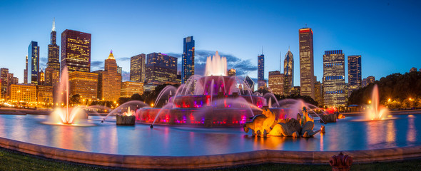 Canvas Prints Chicago Buckingham fountain