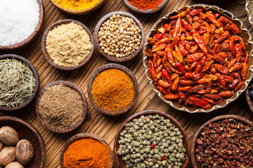 Photo sur Aluminium A selection of spices