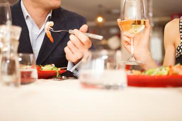 In de dag Restaurant Couple having dinner