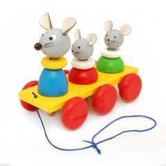 Jouet en bois à roulettes (souris)