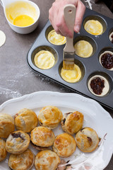 Baking small pies