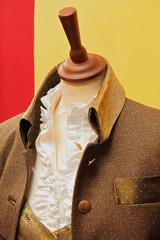 mannequin portant veste autrichienne