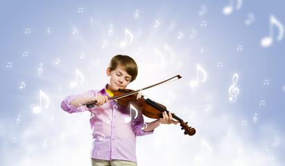 Boy violinist