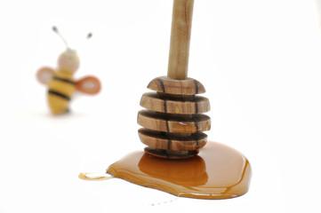 Honig mit Honiglöffel