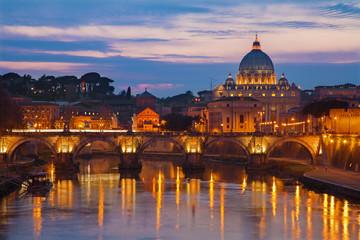 Fond de hotte en verre imprimé Rome Rome - Angels bridge and St. Peter s basilica in evening