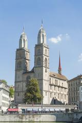 Zürich, Altstadt, historisches Grossmünster, Limmat, Schweiz